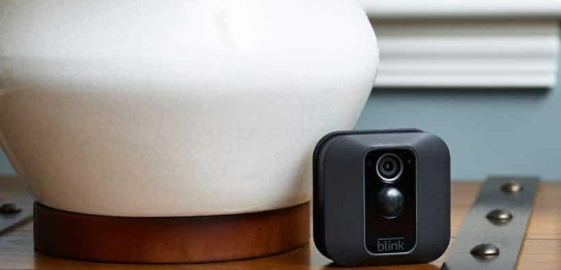 Caméra de surveillance connectée Nouvelle Blink XT2
