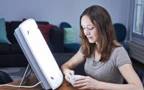 Trouvez la meilleure lampe de luminothérapie parmi notre sélection