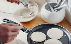 poêle pour pancakes